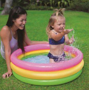 zwembad-baby